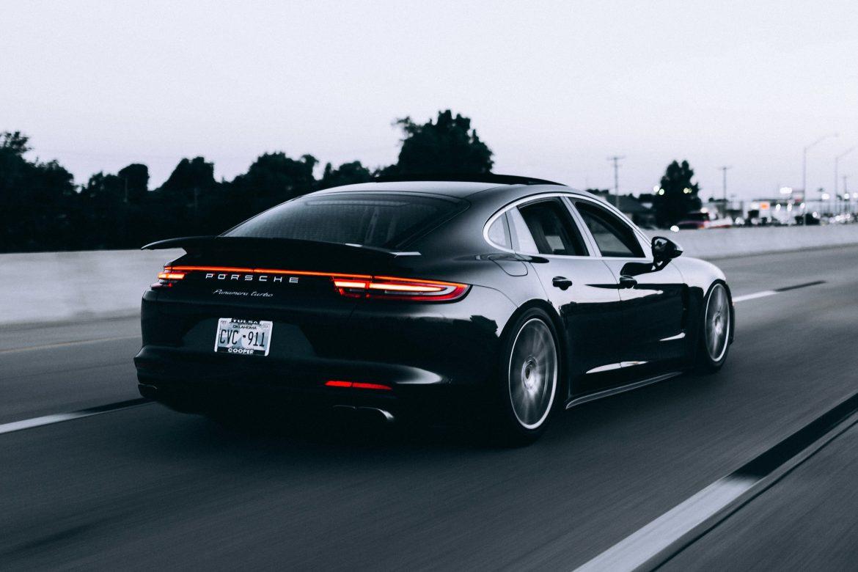 Jak przygotować samochód do dłuższego postoju? – Praktyczne porady dla każdego kierowcy